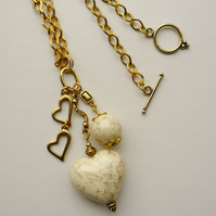 Cream and Gold Cluster Heart Necklace  KCJ565