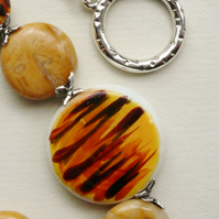 Tiger Print Glass Disc and Tibetan Silver Collar Necklace   KCJ429