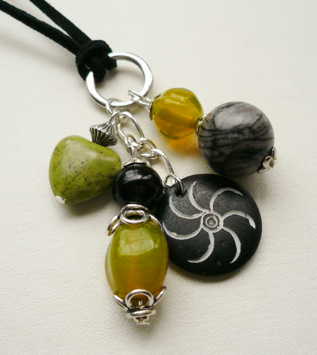 Black Jasper and Lime Green Howlite Glass Cluster Necklace  KCJ725