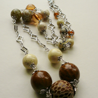 Caramel and Cream And Neutral Long Link Beaded Necklace   KCJ716