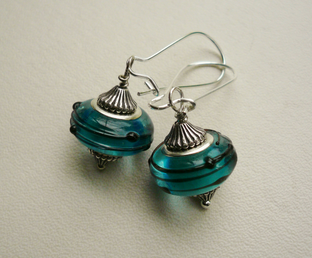 Turquoise Blue Glass Silver Earrings   KCJ735
