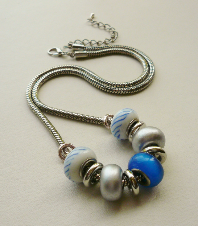 Blue and Silver Glass Rondelle Collar Necklace   KCJ746