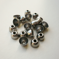 20 Gunmetal Rounded Bead Caps