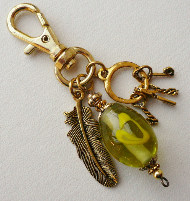Clear Green and Gold Keyring  KCJKY905