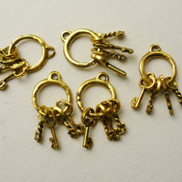 5   Gold Tone Bunches of Keys Charms