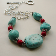 Turquoise Stone and Red Glass Beaded Chunky Collar Necklace   KCJ576