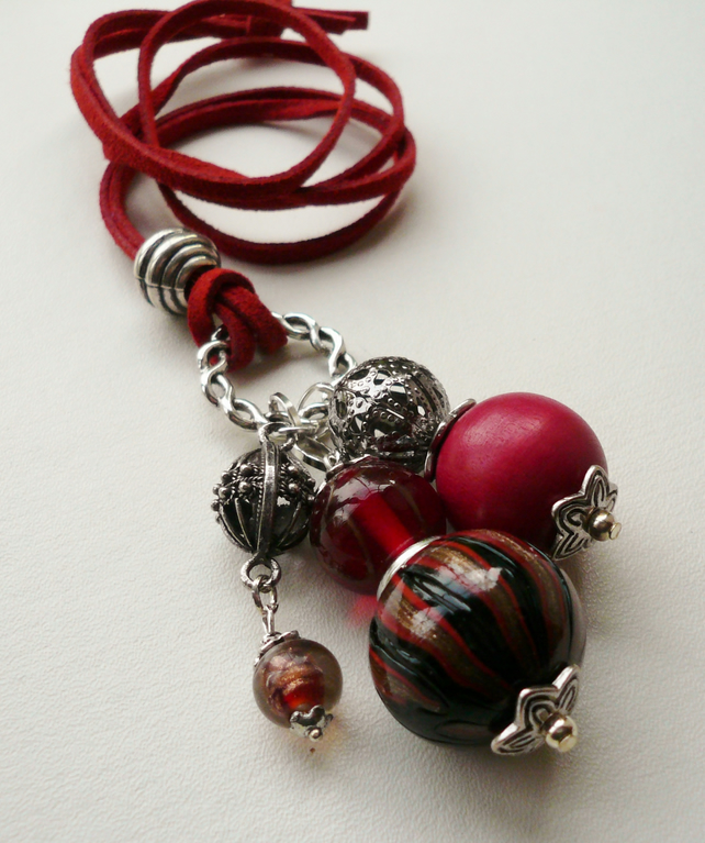 Red Glass Wood Mixed Bead and  Silver Cluster Necklace   KCJ618