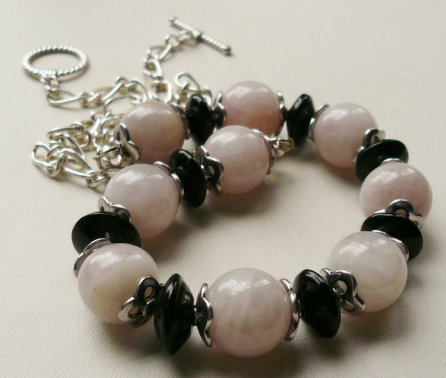 Rose Quartz and Black Glass Beaded Collar Necklace   KCJ295
