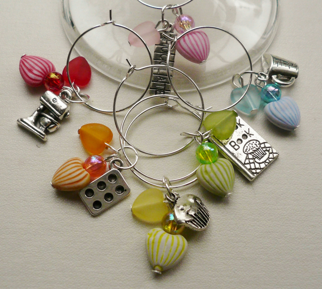 Wine Glass Charms Multicoloured Heart Baking Themed KCJ1506