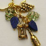 Keyring Blue Howlite and Green Glass Gold Tone Wine Themed   KCJ1569