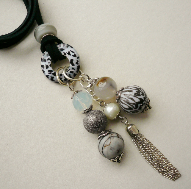 Cluster Necklace Grey Animal Print and Tassell Tibetan Silver   KCJ470