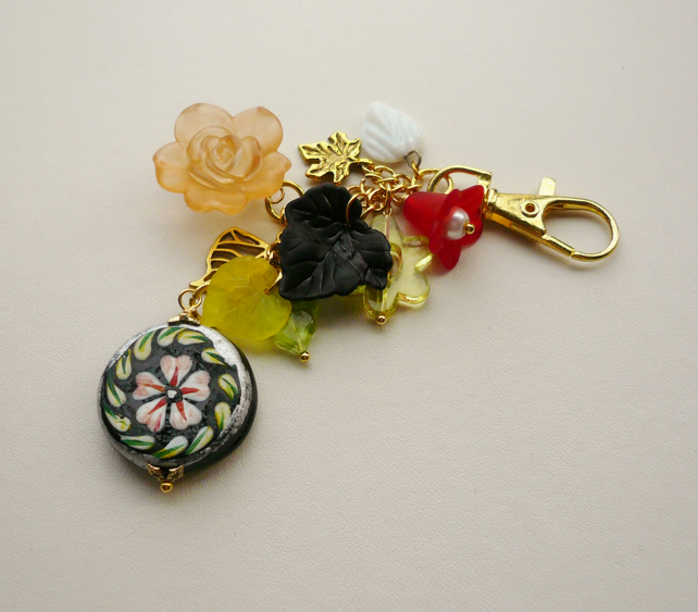 Handbag Charm Flower and Leaf Gold Tone Mixed Bead  KCJ1639