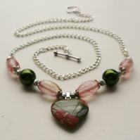 Necklace Pink and Green Unakite Heart    KCJ426