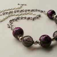 Collar Necklace Glass Blown Black and Dark Cherry Pink  Bead  KCJ388
