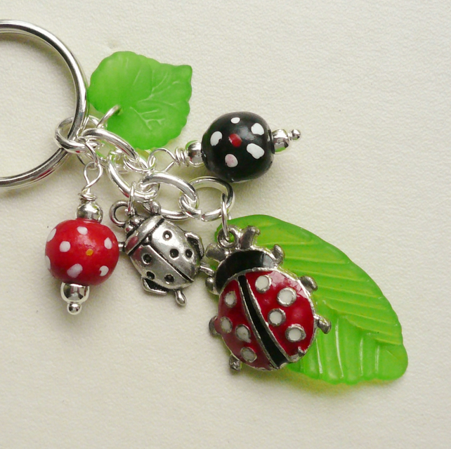 Keyring Ladybird Red Black and Green Bead Silver   KCJ1788