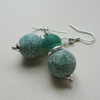 Teal Blue Frosted Cracked Agate Bead Silver Dangle Earrings   KCJ1817