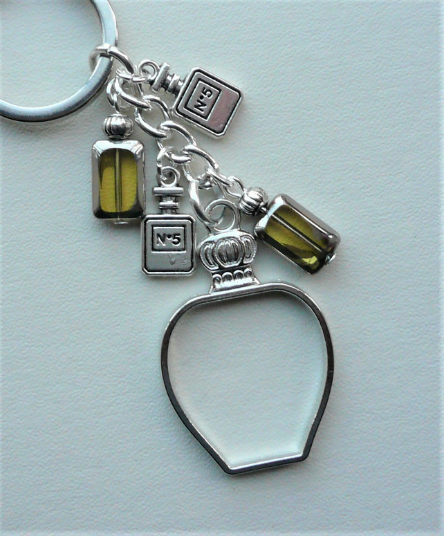 Keyring Bag Charm Pale Yellow Glass Perfume Scent Bottle Themed   KCJ1906