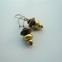 Gold and Brown Bead Antique Bronze Dangle Earrings   KCJ1839