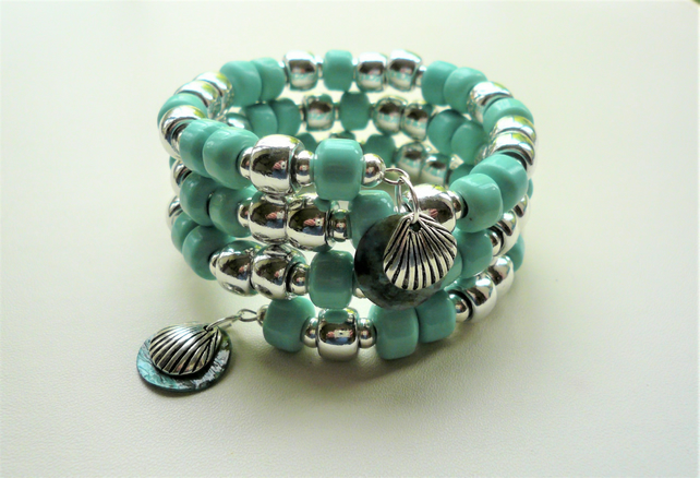 Chunky Turquoise Glass Tohu Silver Shell Memory Wire Wrap Around Bracelet KC2139
