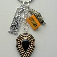 Black Gold Acrylic  Shell Bead Silver Egyptian Cartouche Keyring Bag Charm 2626