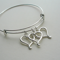 Expandable Silver Plated Heart Charm Trio Bangle Bracelet  KCJ2645