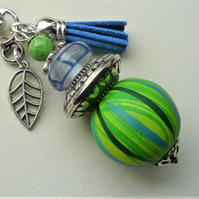 Bright Green Wood and Blue Glass Silver Leaf Key Ring   KCJKY13