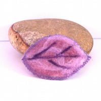 Needle felted Purple leaf brooch - NFB03