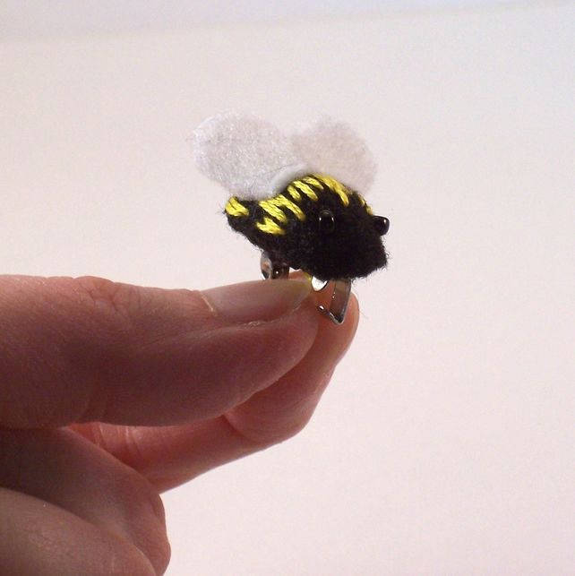 Hand stitched felt bumblebee brooch