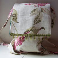 Light fabric messenger bag in Laura Ashley hydrangea fabric - Kew