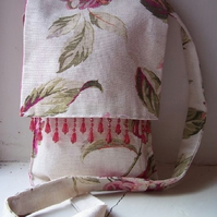 Small fabric messenger bag in Laura Ashley fabric - Sissinghurst