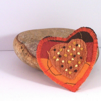 Heart shaped fabric brooch with embroidery - dante