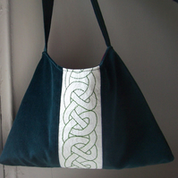 Soft hand embroidered celtic knot green velvet shoulder bag - Celt