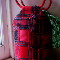 Handmade fabric bucket bag in red and black - Carmen