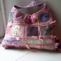 Patchwork and embroidered handbag - Spring