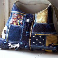 Soft fabric shoulder bag in blue and gold - Rhu