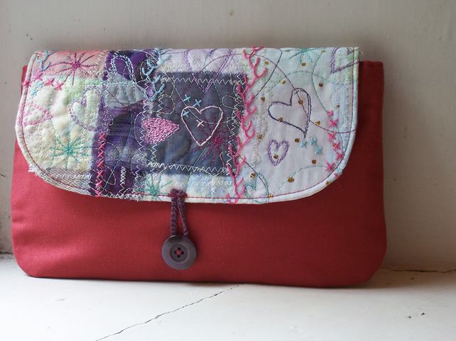 Soft fabric clutch bag with hand embroidered details - Coll