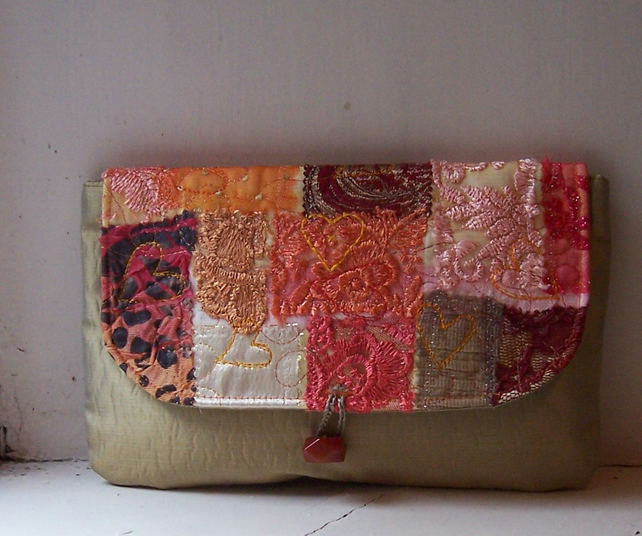 Clutch bag with appliqued lace and embroidered flap - Moidart