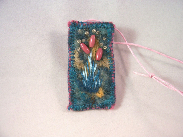 Felted and hand embroidered necklace - Teasel