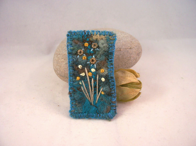 Needle felted and hand embroidered brooch - Wildflower
