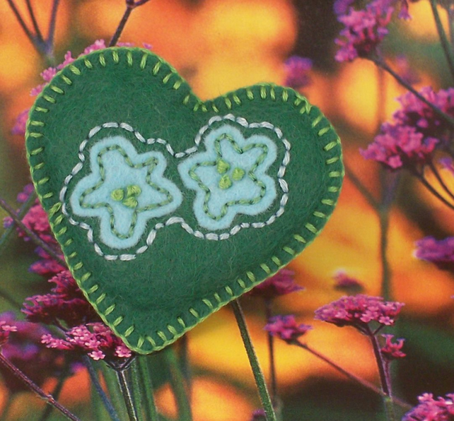 Hand embroidered heart shaped felt brooch - Lilypad