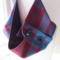Unisex wool tartan cowl with faux button fastening, lined - Glencoe