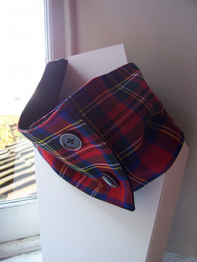 Unisex wool tartan cowl with faux button fastening - Glendevon