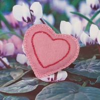 Hand stitched felt, heart shaped brooch with embroidery - Adore