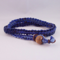 Macrame necklace in blues, with wood bead - Deep Blue