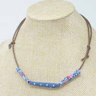 Fabric bead necklace with waxed cotton cord - Kansas
