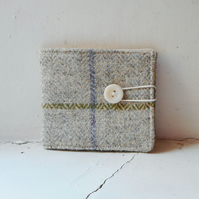 Leslie - fabric wallet in checked harris tweed and cotton