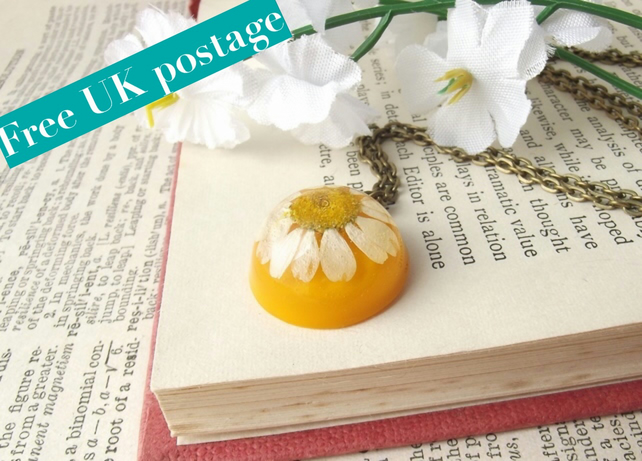 Real daisy necklace in yellow - unique real flower jewellery - free postage
