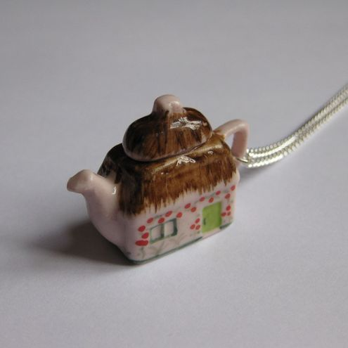 £4 SALE - Cottage Teapot Necklace