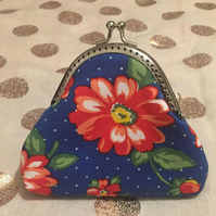 Blue Daisy, Kisslock, Fabric, Coin Purse, Metal Clasp, Frame, Bag