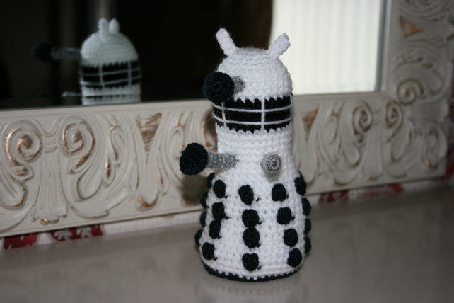 Crochet Dalek - White